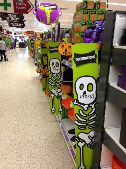 POS and Merchandising support instore for Halloween