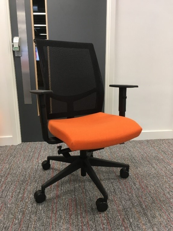 eXPD8 invest in ergonomical chairs